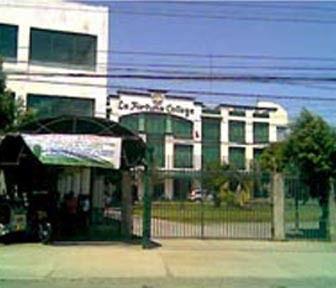 La Fortuna College
