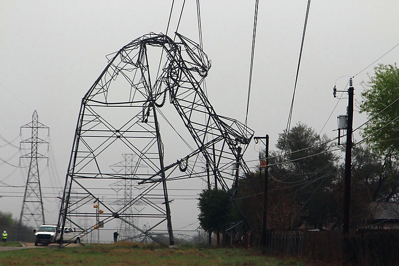 Power transmission Severe_Weather_52813