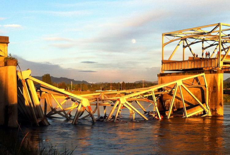 bridge-collapse.jpg