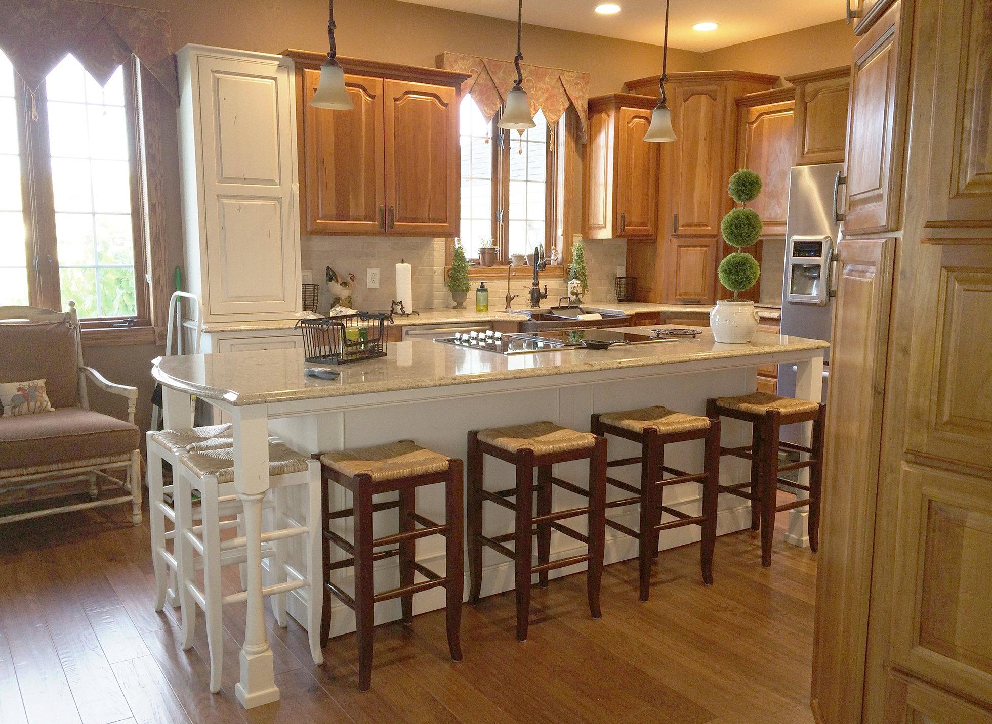 kitchen cabinets and kitchen remodeler in des moines iowa kitchen cabinets des moines for your home kitchen cabinets
