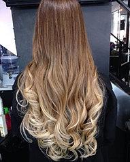 Llongueras es una de las empresas creadoras del Balayage (Efectos de color a mano alzada, pintando el cabello) en el año 1978, que últimamente se ha