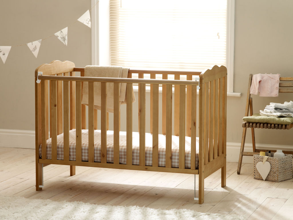 Pine Wooden Cot Bed Adjustable Base Teething Rails Baby Bed EBay. Full resolution‎  image, nominally Width 1024 Height 768 pixels, image with #714920.