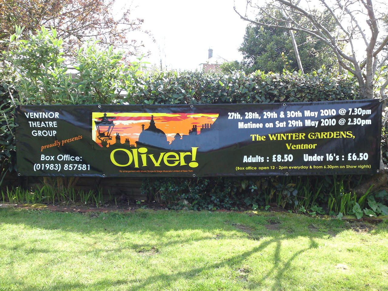 vehicle graphics signs and banners isle of wight vvg vectis