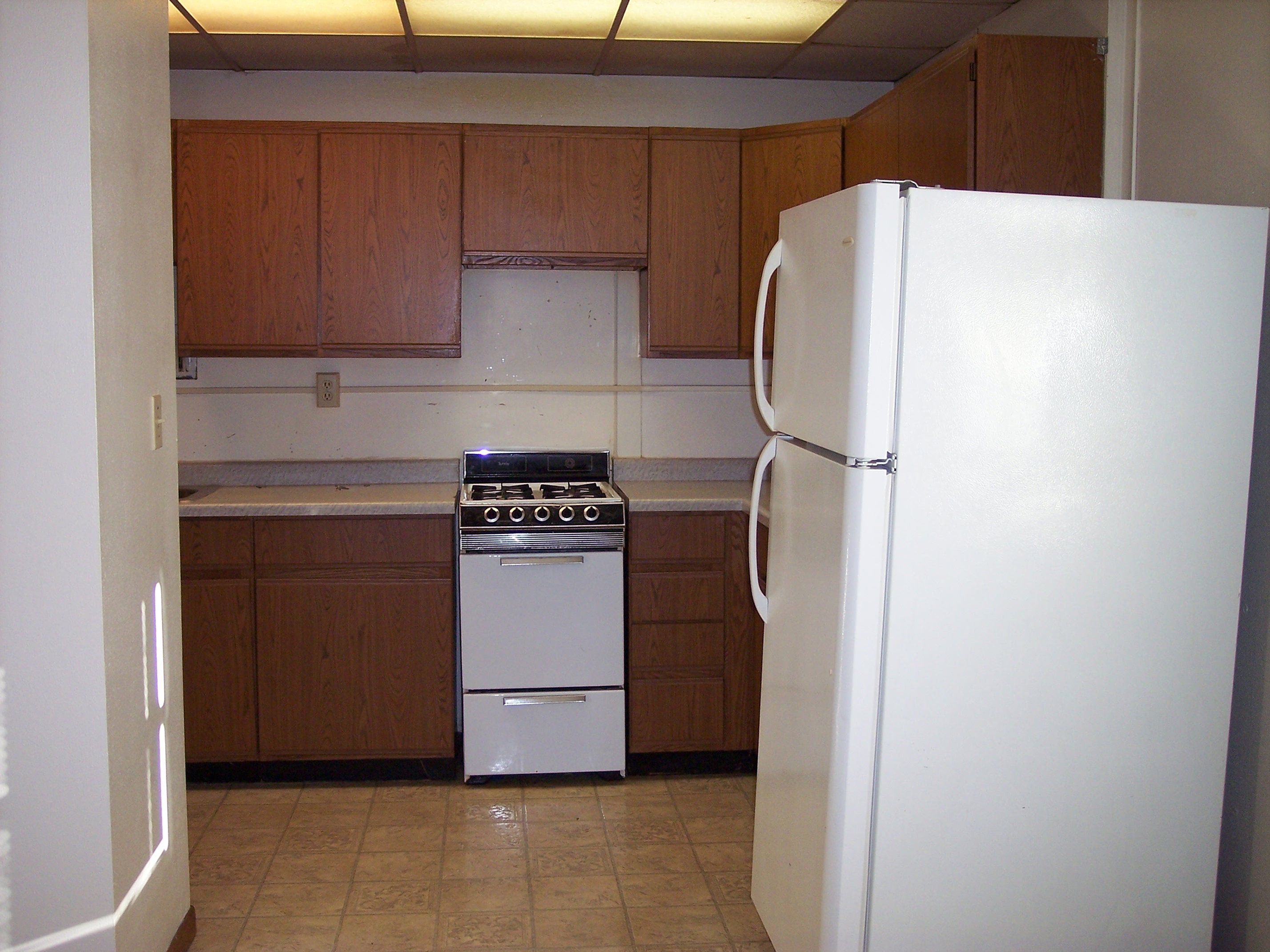 Efficiency Kitchen Upmann Investments Lena Efficiency Kitchen