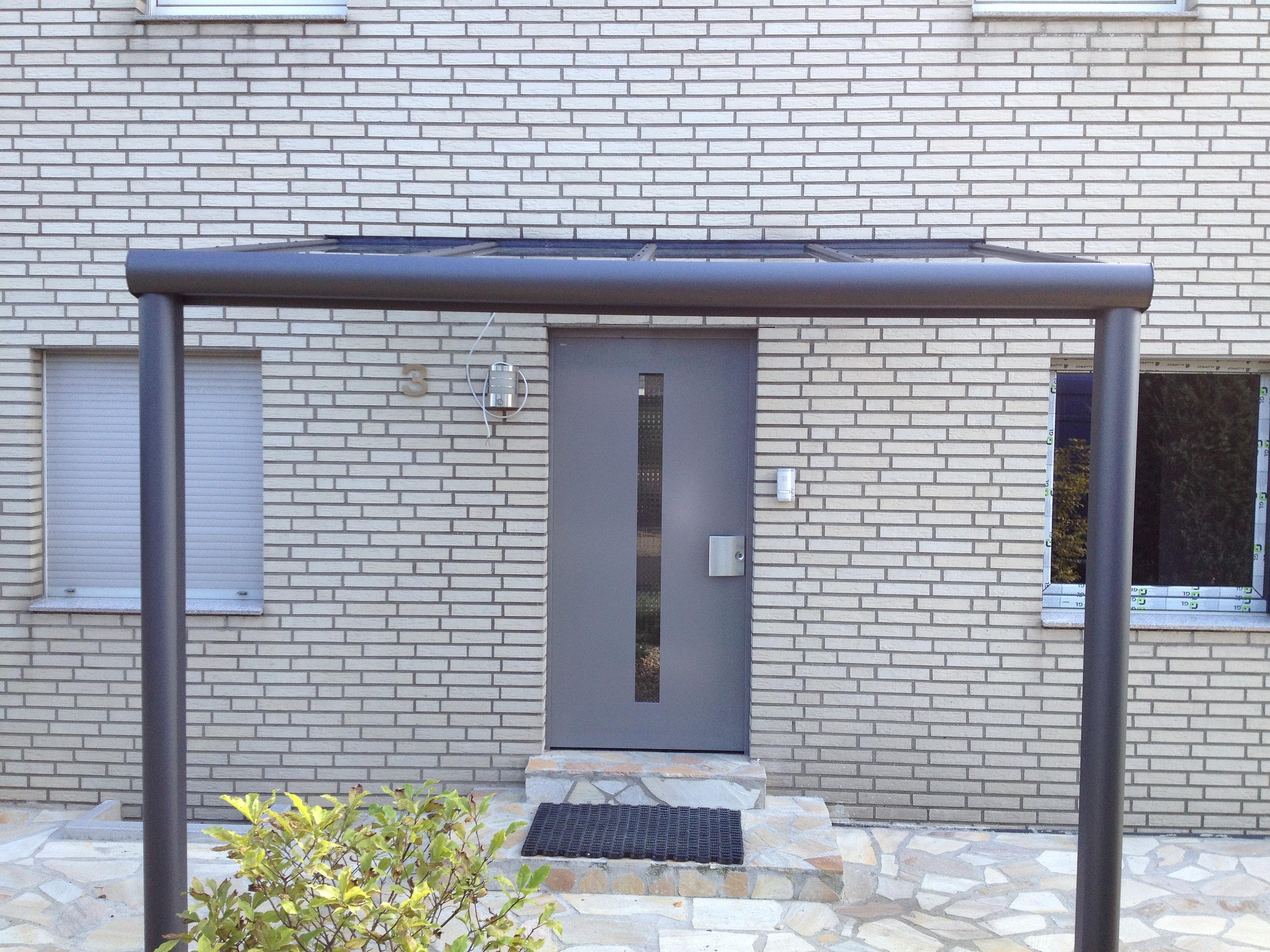 wintergarten und terrassendach angebote preise info berdachung hauseingang. Black Bedroom Furniture Sets. Home Design Ideas