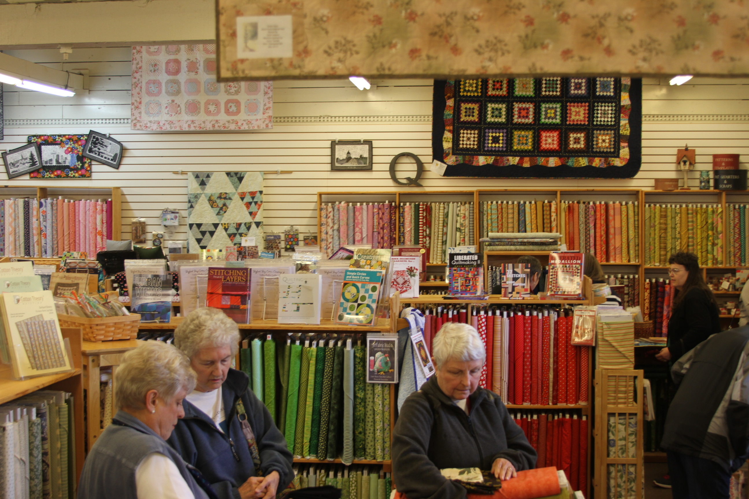 Fibers & Fabrics Returns to Port Gamble May 5th and 6th | Port ... : quilted strait port gamble - Adamdwight.com