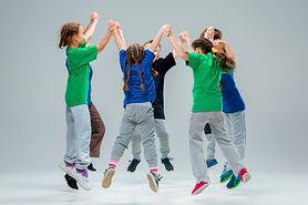 kids-dance-school-ballet-hiphop-street-funky-modern-dancers.jpg