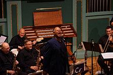 Byron Stripling performs