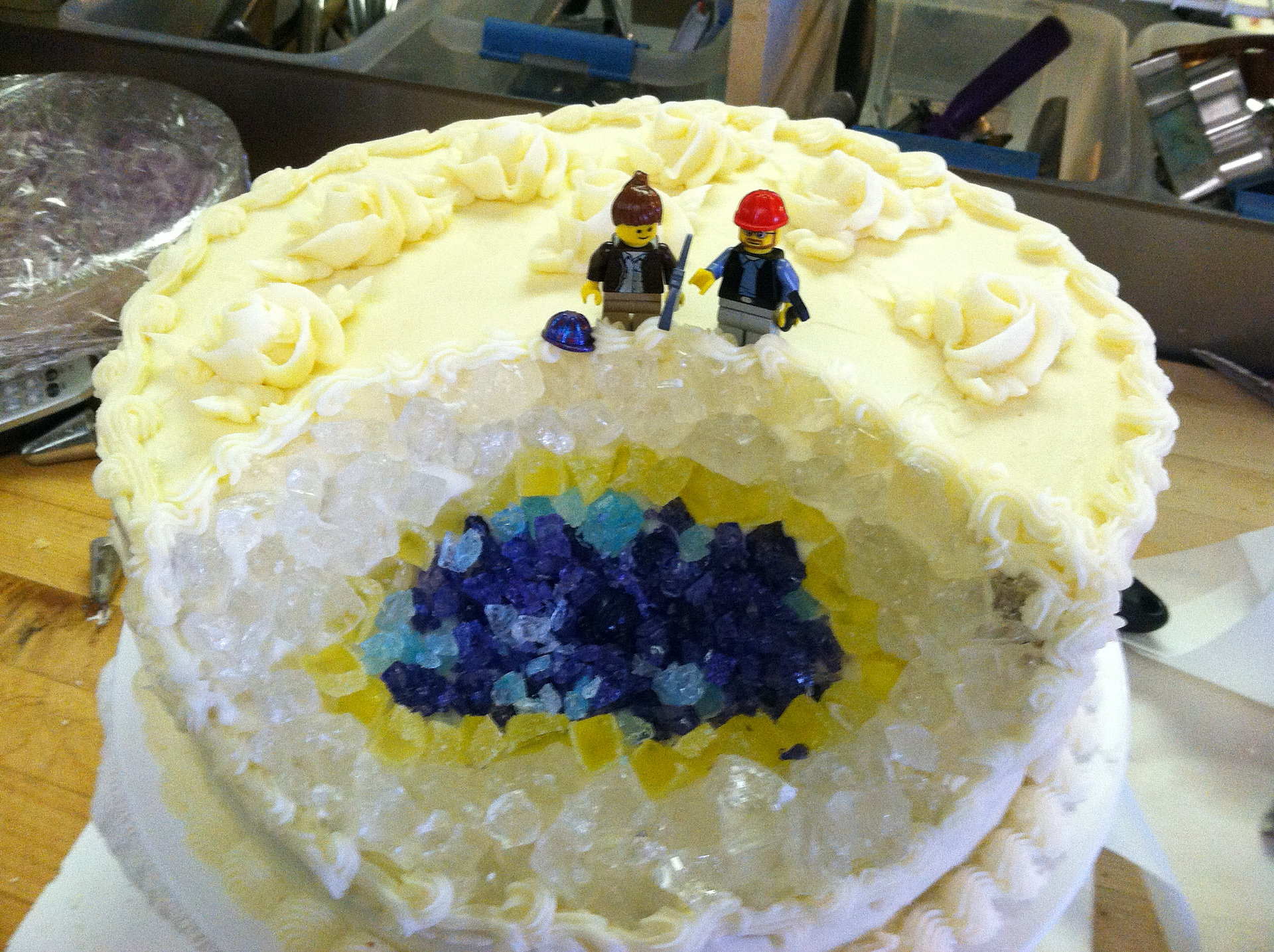 Savory Fare Cafe Bakery Amp Catering Geode Wedding Cake