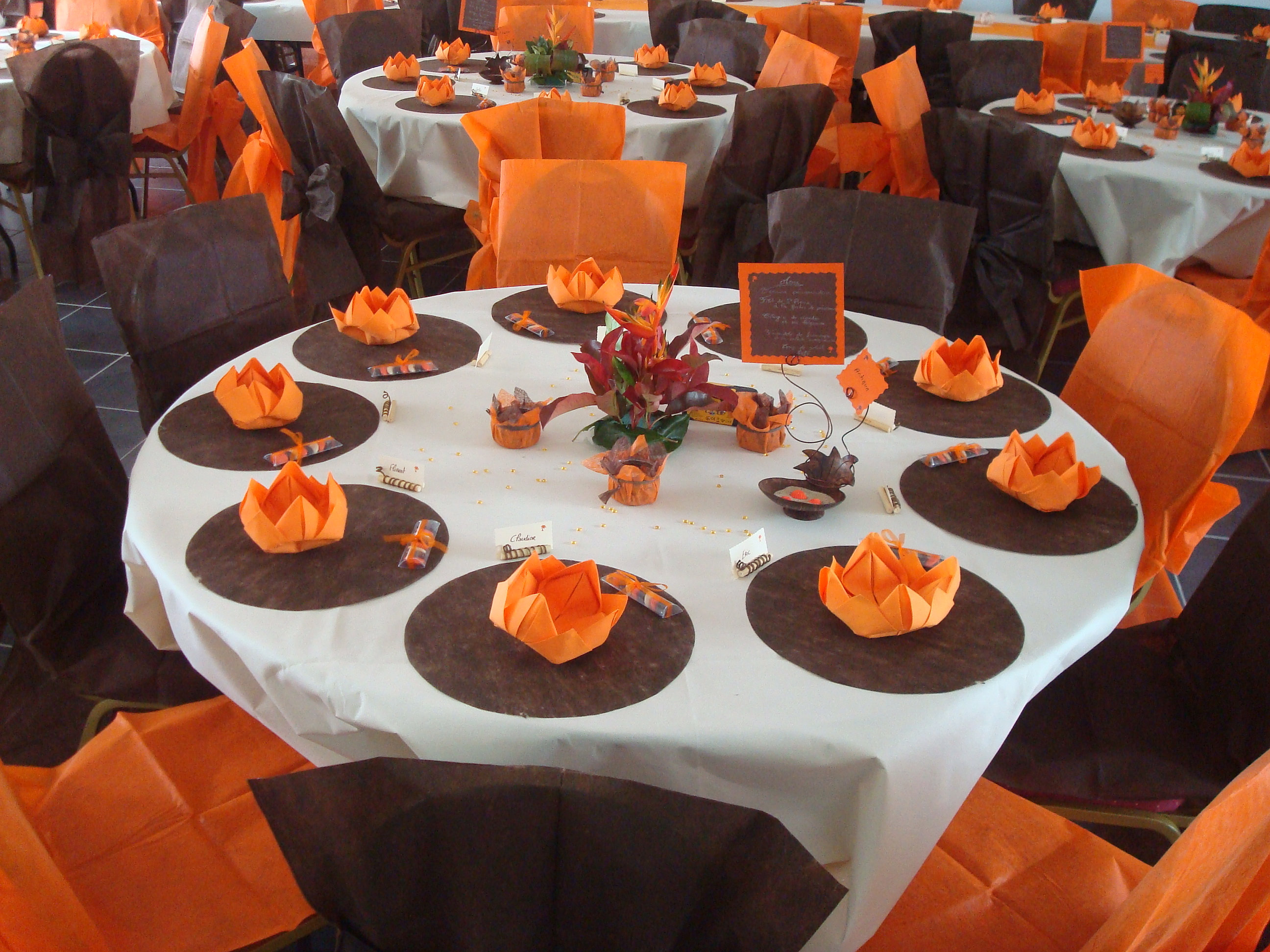 Mariage marron et orange  Photographie