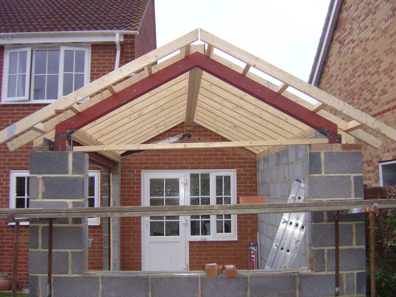 During construction. Bespoke steelwork to create vaulted roof format and large openings. & Alex Masheder BA (Hons) Dip Arch Dip EEB ARB Registered Architect ... memphite.com