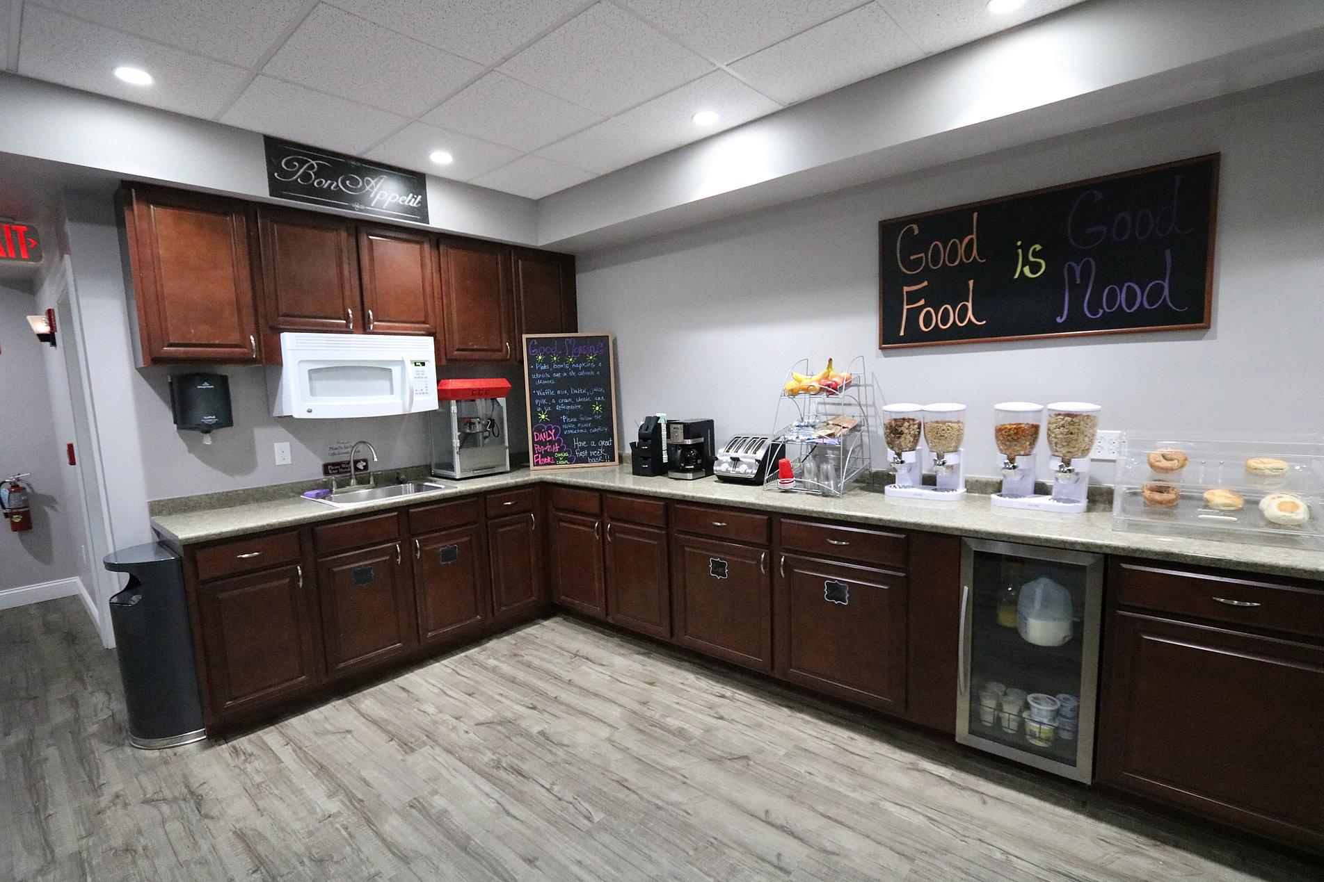 Home Premier Living Suites