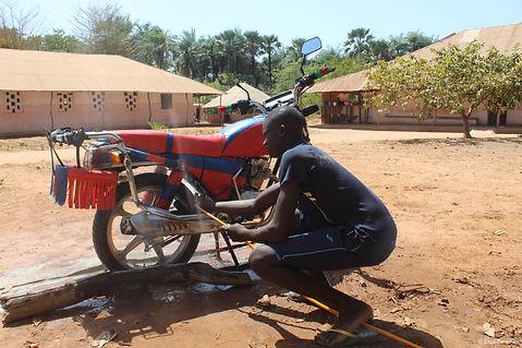 Guinea-Bissau_FSP_Canchungo_Long journey ahead-05.jpg