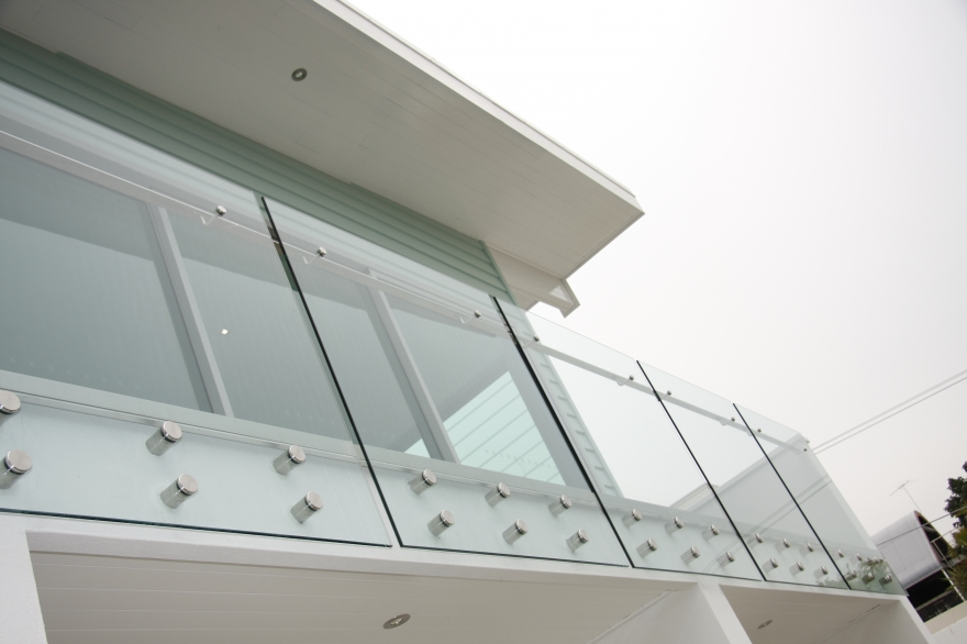 Frameless Glass Pool Fencing & Balustrades in Canberra