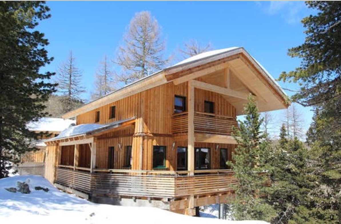 Chalet herz hirsch luxus ferienhaus in skigebiet for Turracher hohe skigebiet