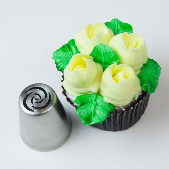 Cake Decorating Petal Tips : 7 Petal Rose Russian Icing Piping Nozzle Tip ITA Cakes ...
