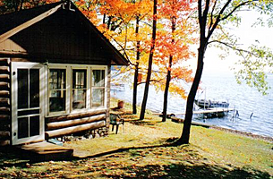 Lodging Accommodations In The Birchwood Wisconsin Area Of Northwest Include Cozy Lakefront Cabins Lake Home Als Comfortable Bed
