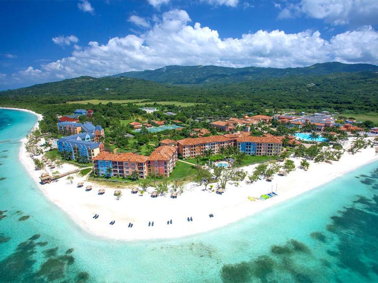 Pulau malaysia pakej percutian pulau malaysia pakej for Nice places to go for honeymoon