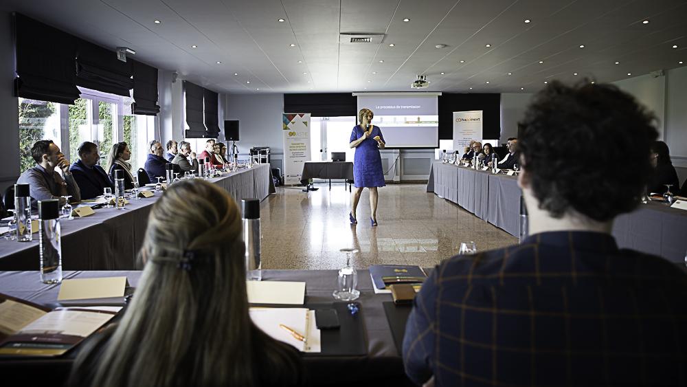 Happinext Nathalie Brognaux : vendre ou acheter une entreprise (formation, conférence)