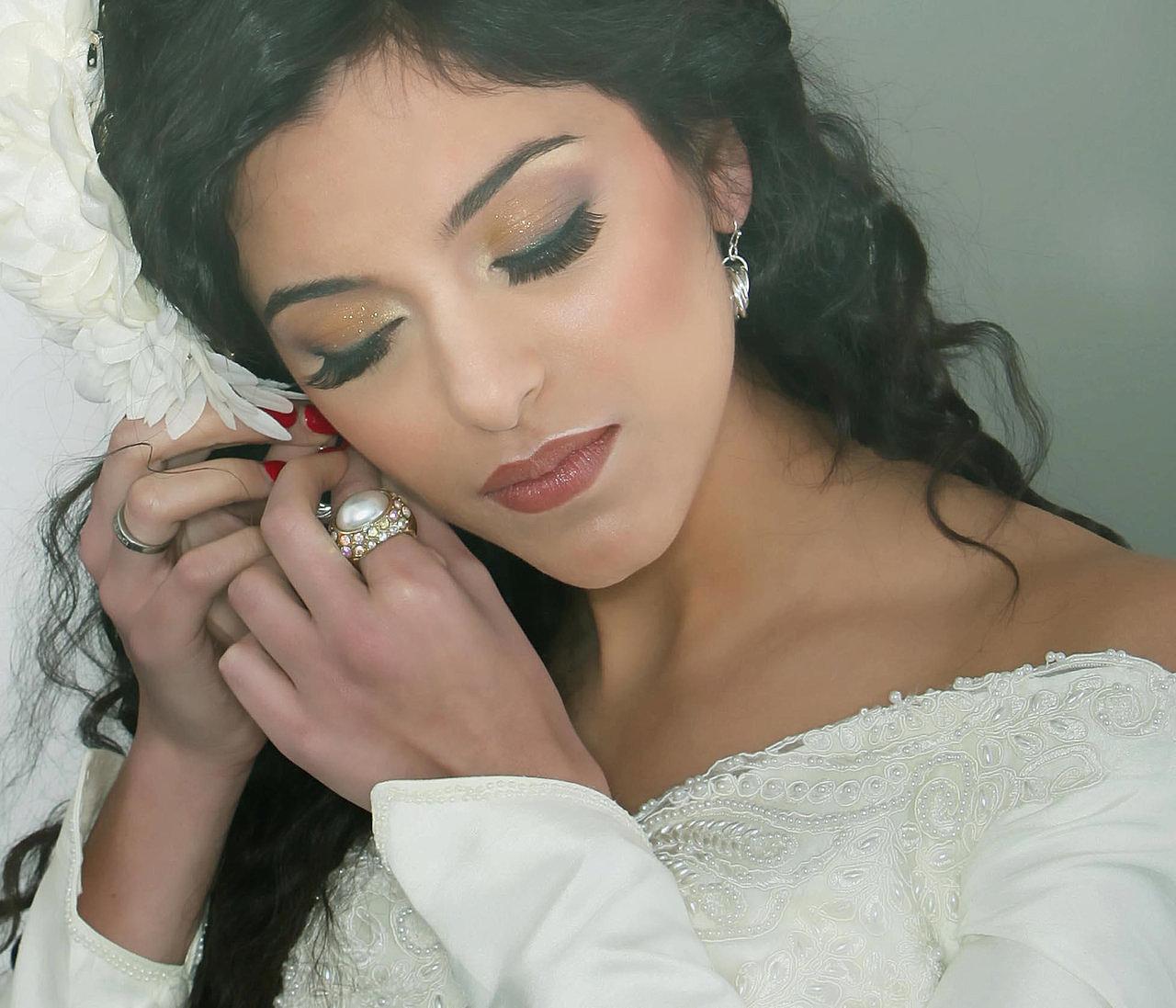 Bridal Makeup Artist London Brussels | Make Up Artist Courses London | Wedding Makeup Artist London