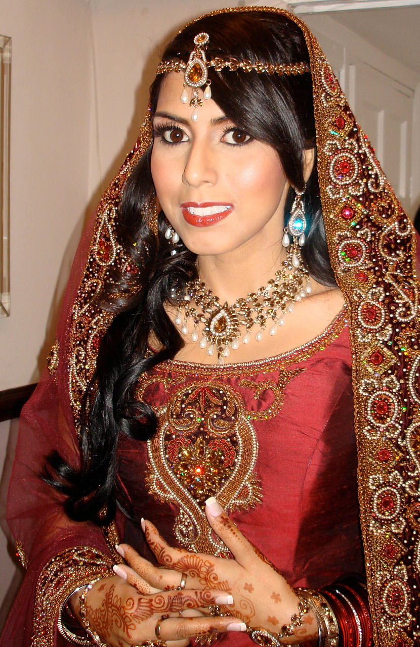 Asian Bridal Makeup artist London Asian bridal makeup ...