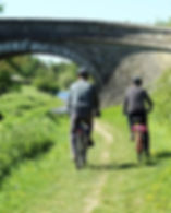 cyclists-2294009__340.jpg