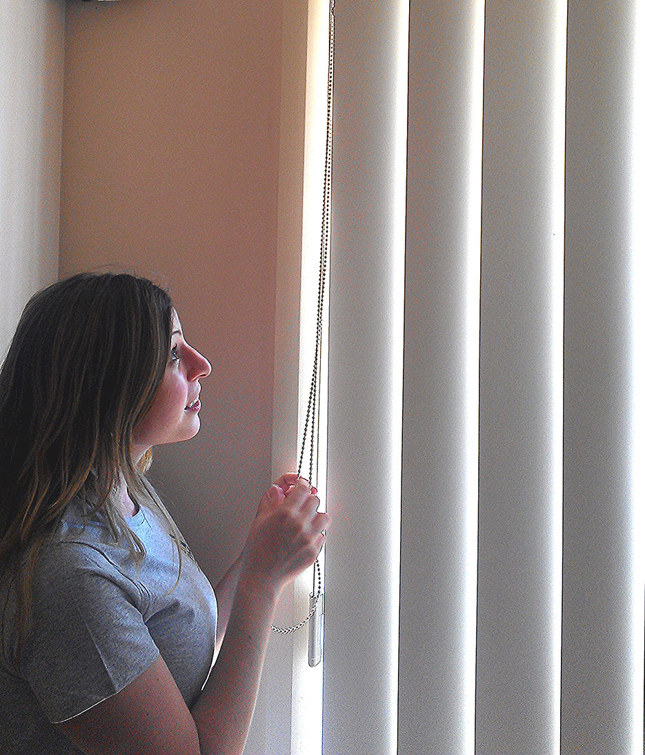 how to clean blinds at home