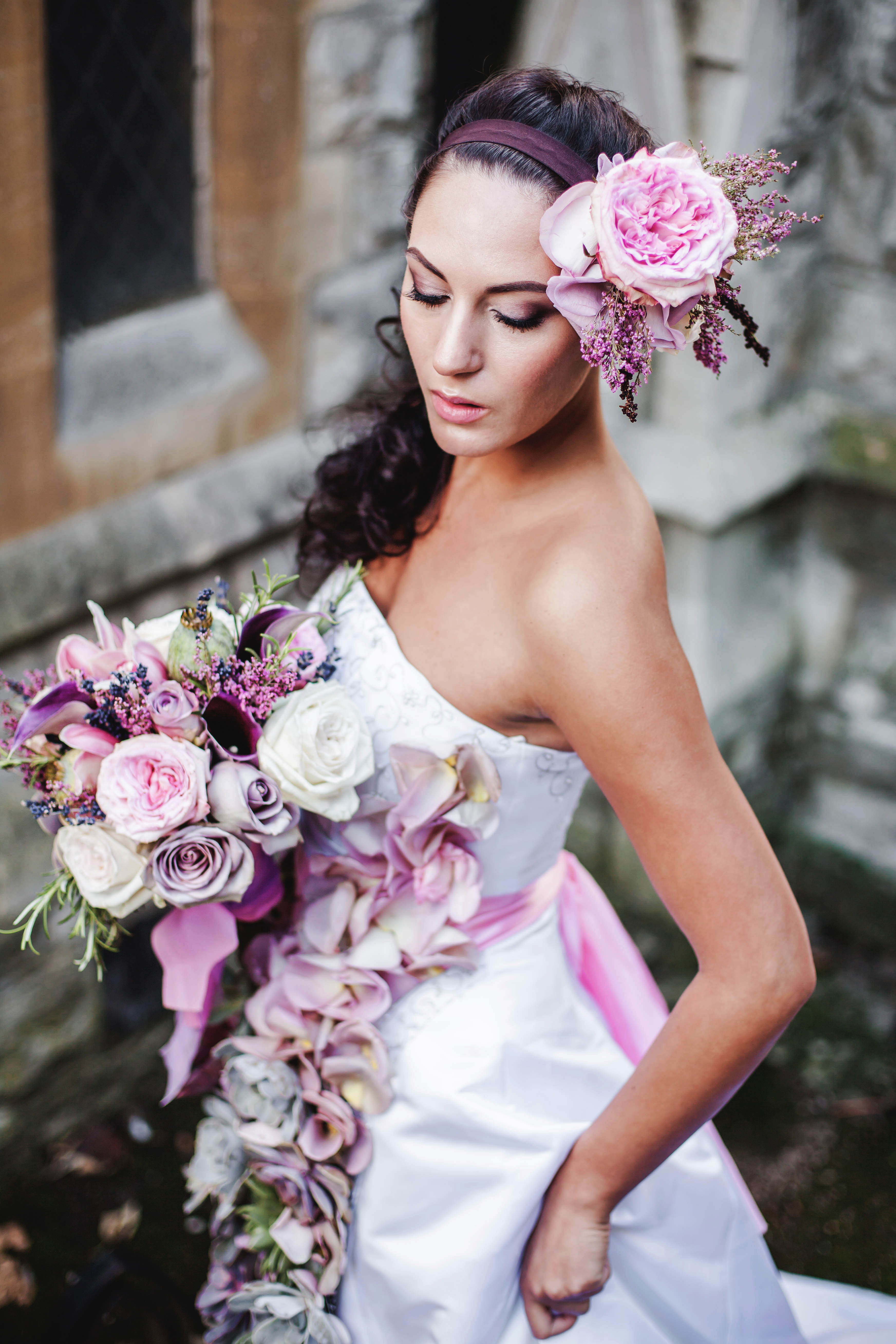 Фото девушки в свадебном 13 фотография