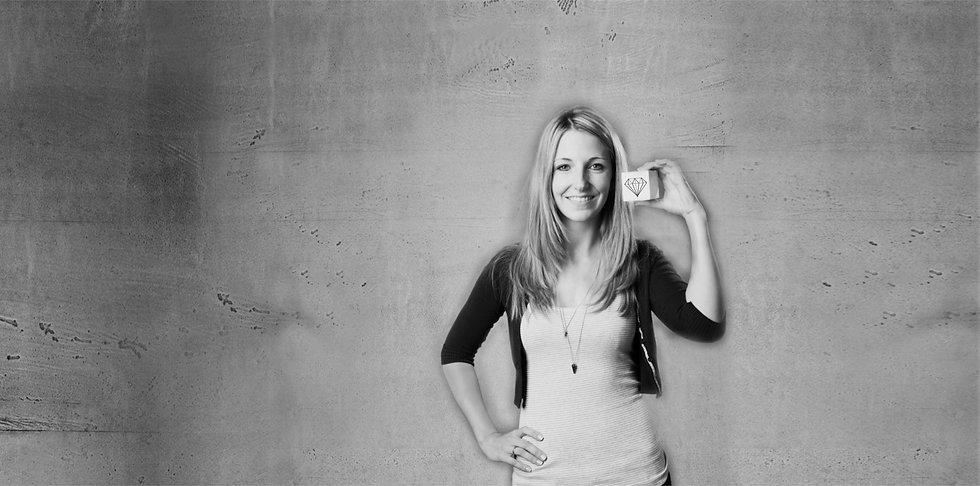 Portraitfoto Kopie.jpg