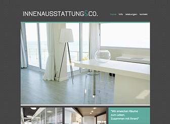 Innenausstattung & Co Template - Mit Blick auf Architekten, Makler und Innenausstatter entworfen - zeigt die kostenlose Homepagevorlage kühle Farben und ein minimalistisches Design. Sie können Bilder hochladen und eine elegante Fotogalerie Ihrer Projekte erstellen. Jetzt beginnen und Ihre Onlinepräsenz erstellen!
