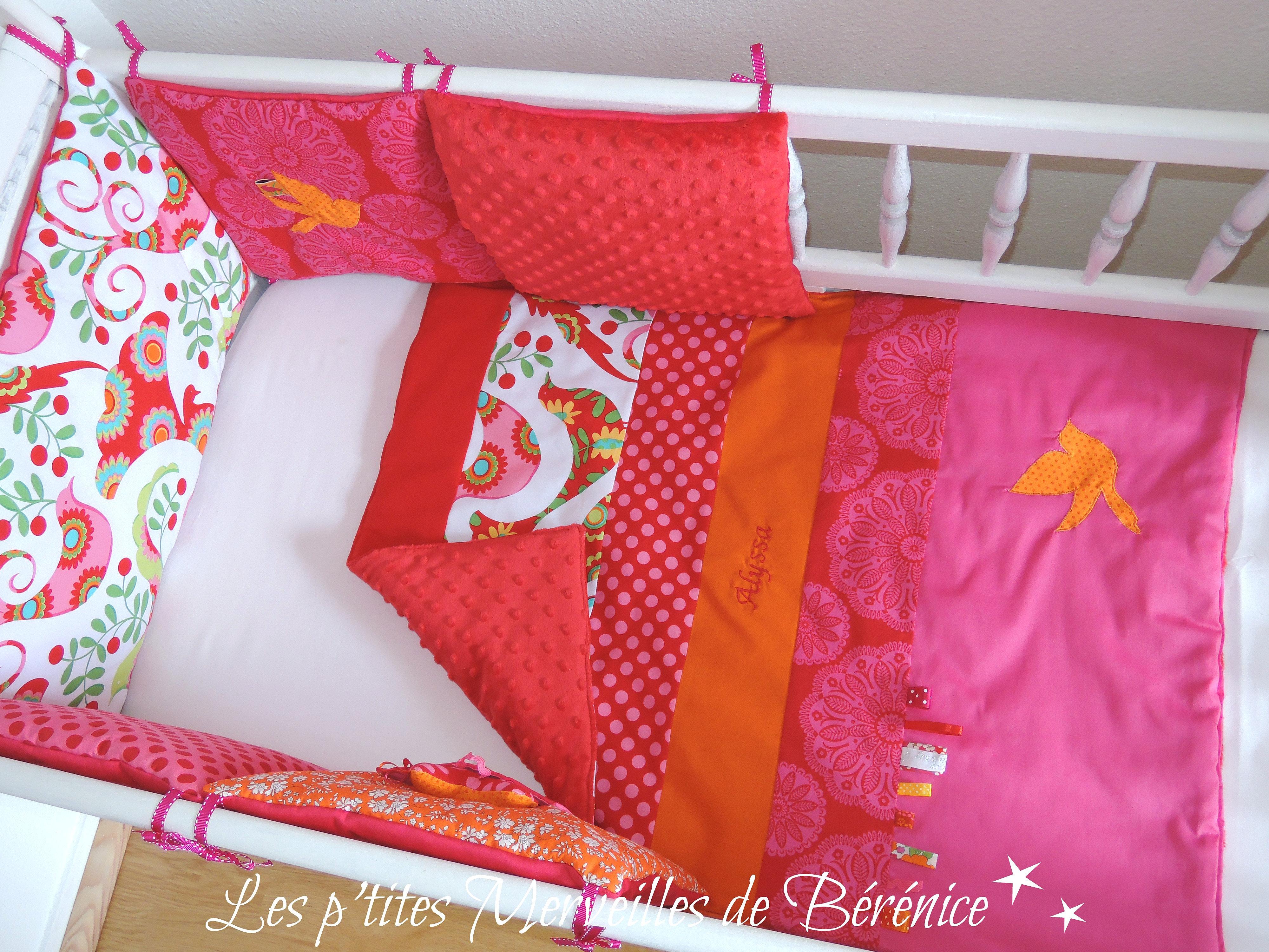 d co chambre b b cadeau naissance les p 39 tites merveilles de b r nice tour de lit et. Black Bedroom Furniture Sets. Home Design Ideas