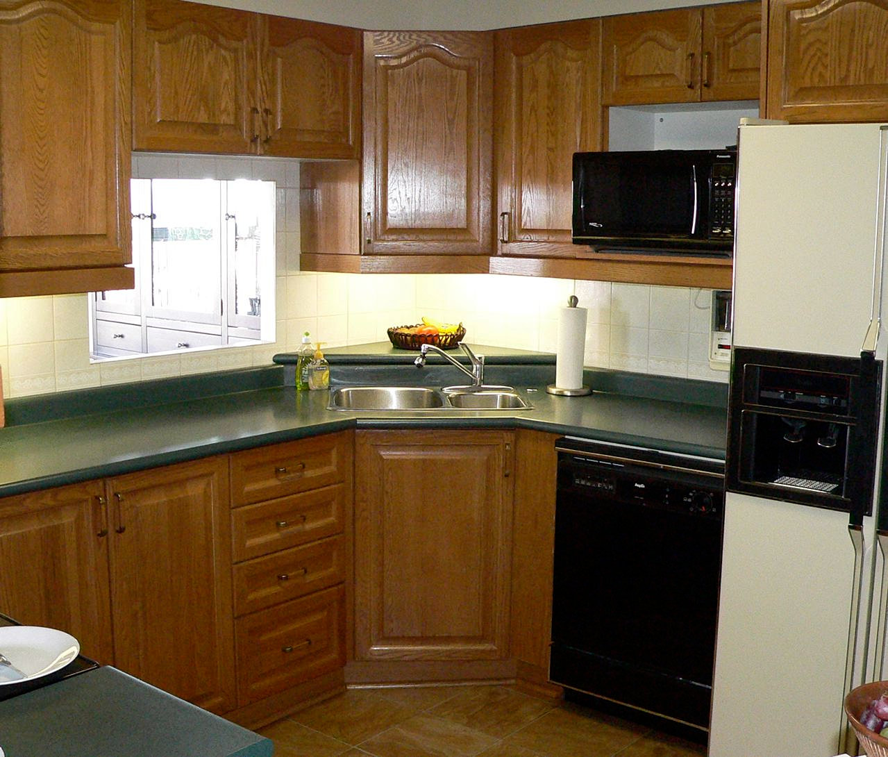 Oak cabinet refinishing before and after ask home design for How refinish kitchen cabinets