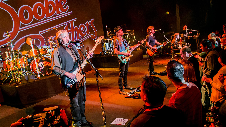 The Doobie Brothers - Rockin' Down The Highway Sampler