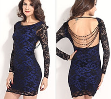 Vestido encaje fondo azul