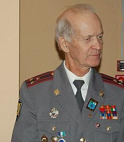 28 апреля президент россии дмитрий медведев подписал указ об освобождении от занимаемой должности начальника гувд
