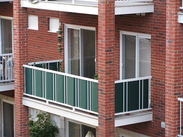 toile de balcon manufacturier de produits de toile sur mesure. Black Bedroom Furniture Sets. Home Design Ideas