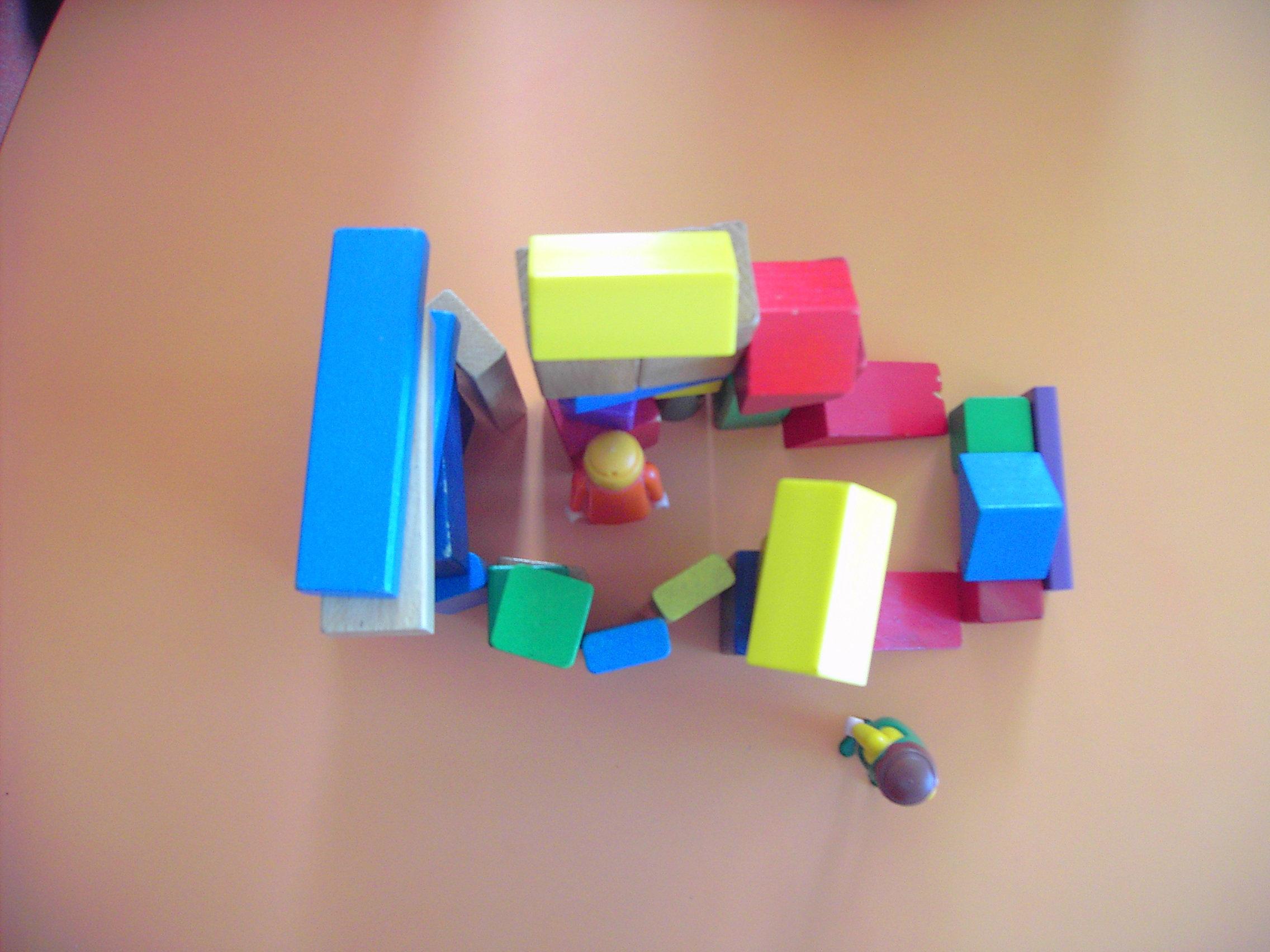 Maternelle p dagogie construire une maison 2 for Construire une maison maternelle