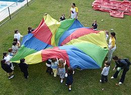 מצנח פעילות לילדים