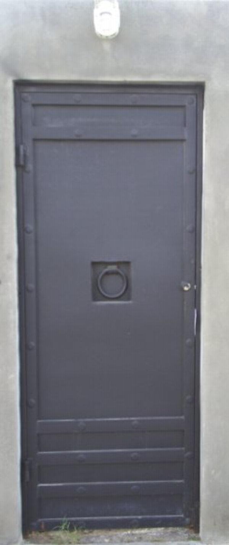 Estructuras metalicas herreria artes en metal herreros - Puertas de metal ...