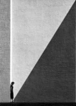 Fan Ho approaching shadow