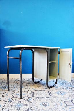 bureau ma tre d 39 cole. Black Bedroom Furniture Sets. Home Design Ideas