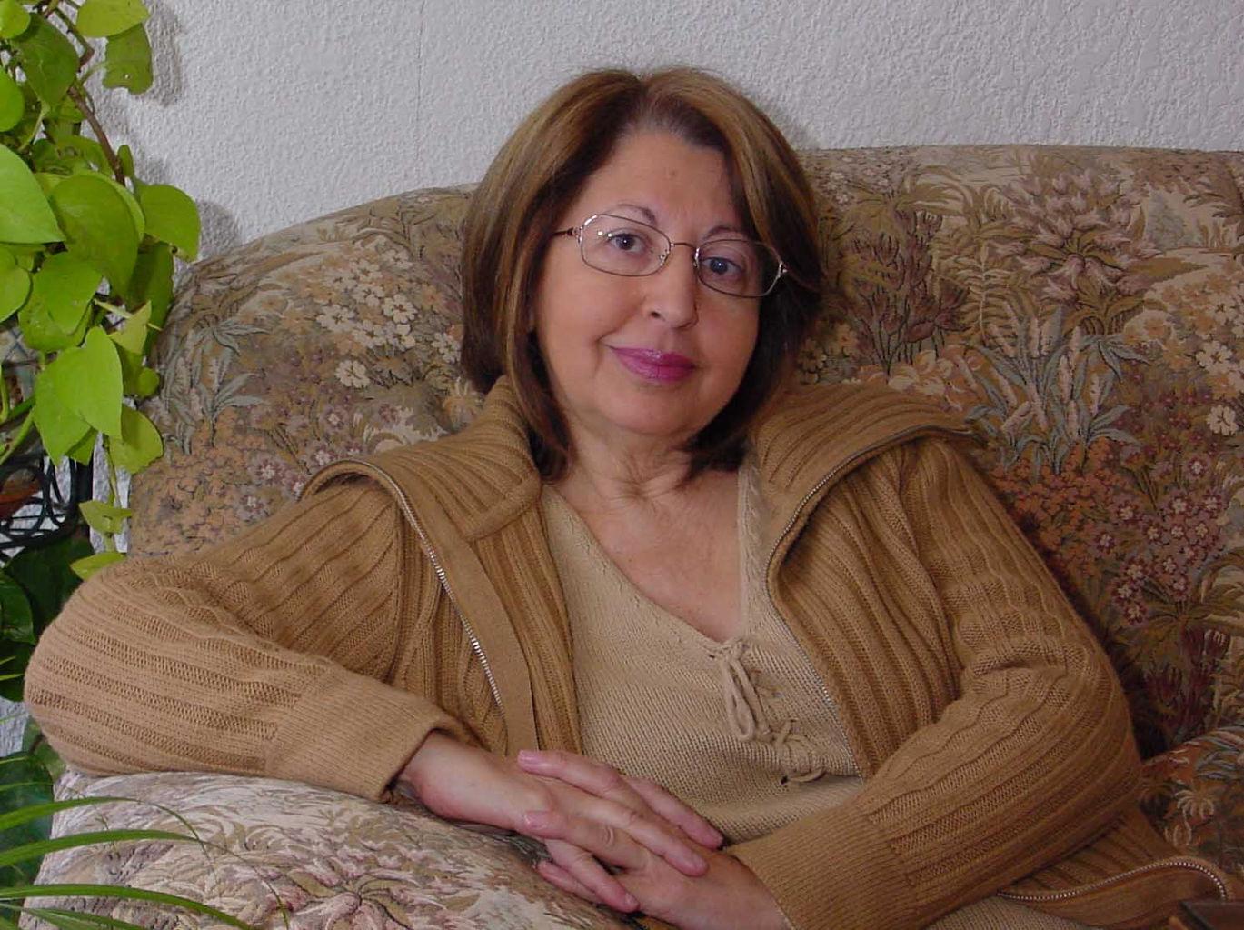ANA-LUISA-CHOVA.jpg