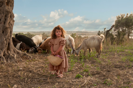 dorit-lombroso-girl-with-goats