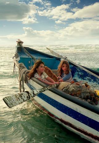 dorit-lombroso-girls-in-fishing-boat
