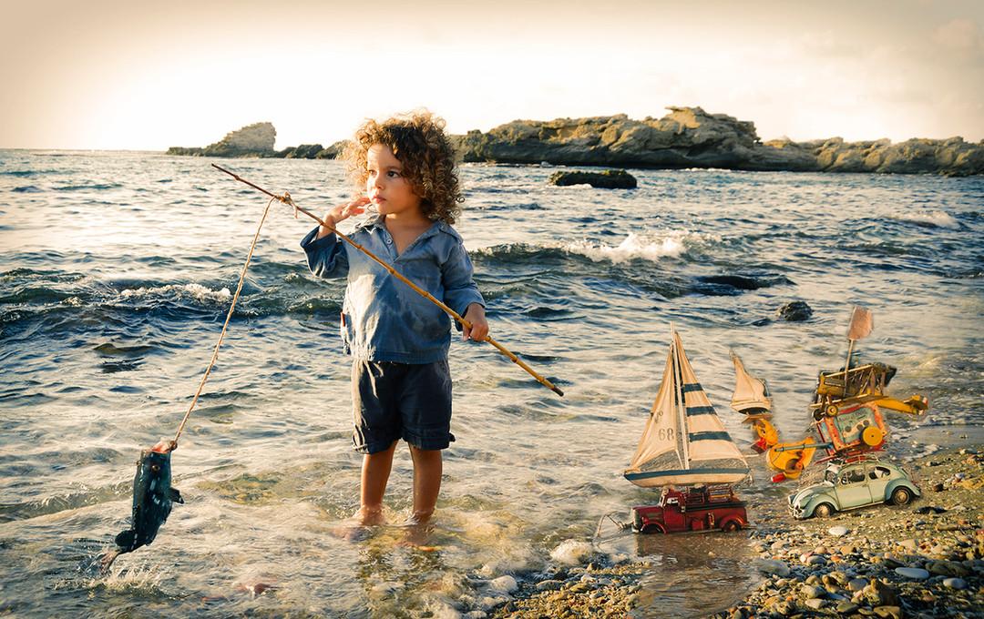 dorit-lombroso-photography-boy-fishing