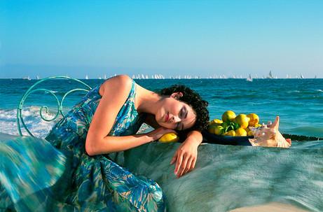 Dorit-Lombroso-woman-reclining-by-beach