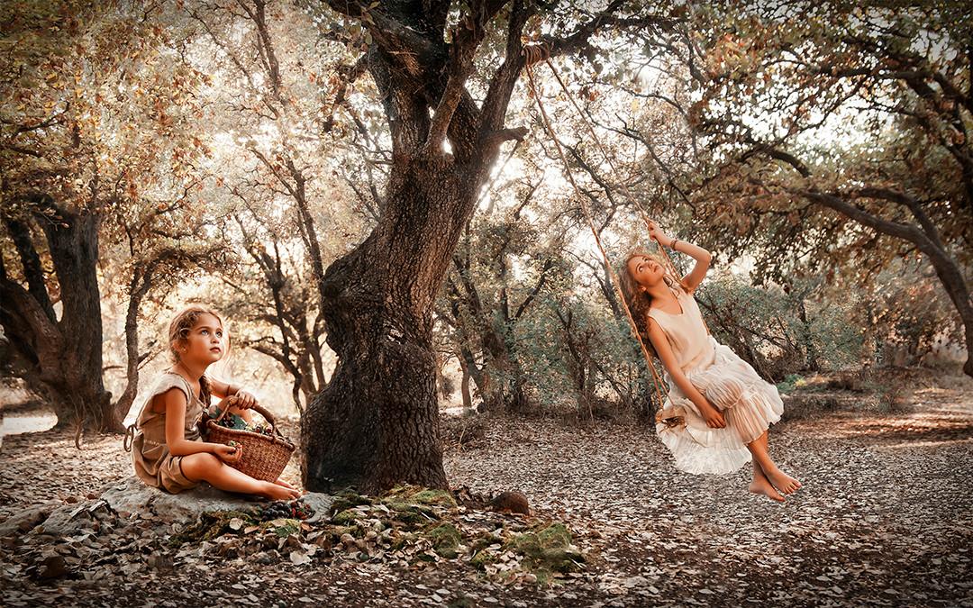 dorit-lombroso-girls-on-swing