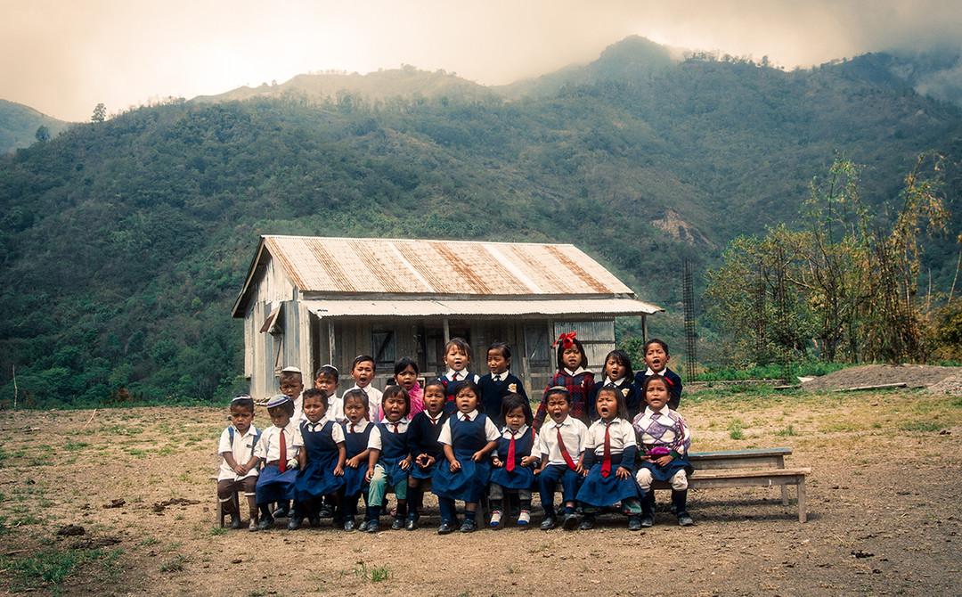 Dorit-Lombroso-kids-singing