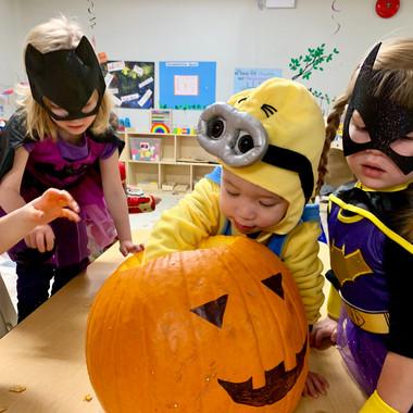 Kids Avenue Child Care Calgary Halloween Pumpkin Carving 2018