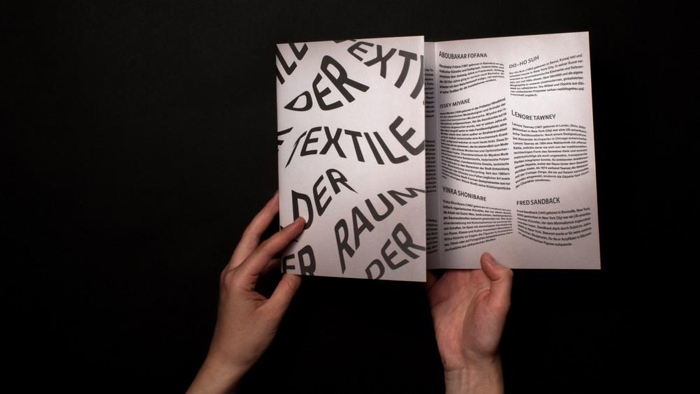 RO_Der_textile_Raum_Flyer_02.jpg